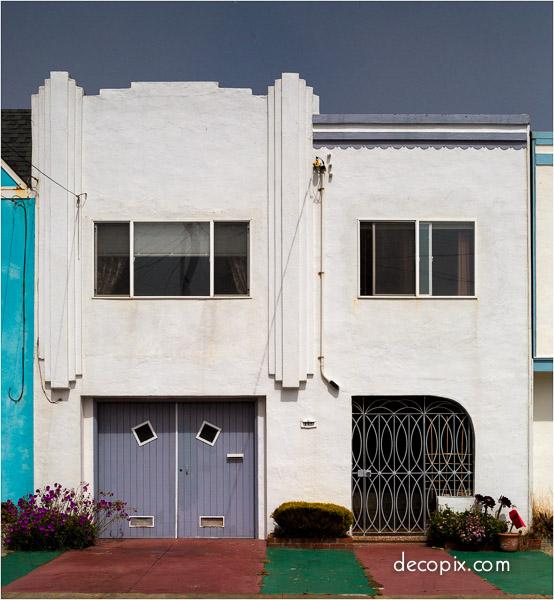 Art deco houses gallery decopix for Streamline moderne house plans