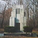 Masoleum, Oakwood Cemetary, Syracuse, New York, courtesy, Michel